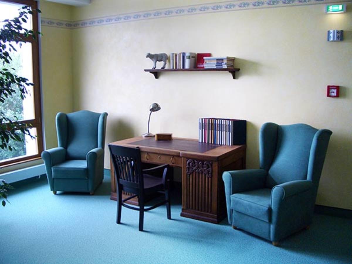 seniorenresidenz haus sonne seniorenbetreuung in zittau. Black Bedroom Furniture Sets. Home Design Ideas